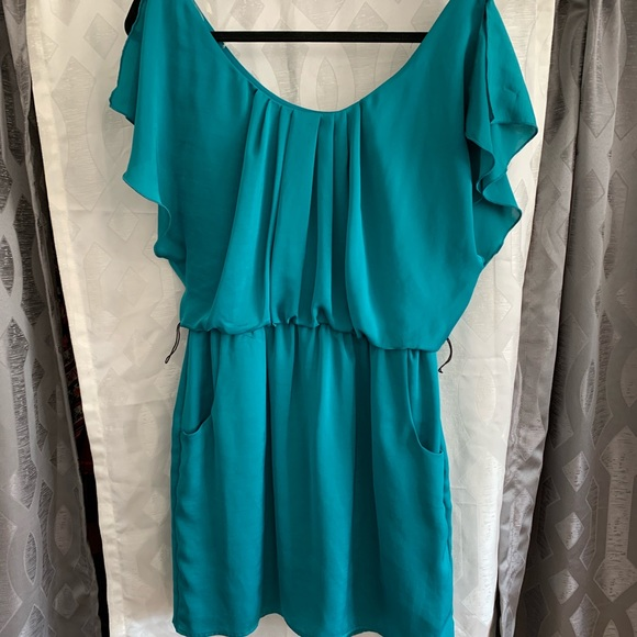 City Triangles Dresses & Skirts - Cute little dress, turquoise w/pockets